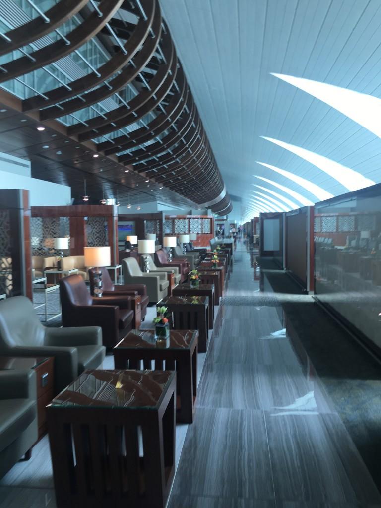 Бизнес зал Эмирейтс в Дубае