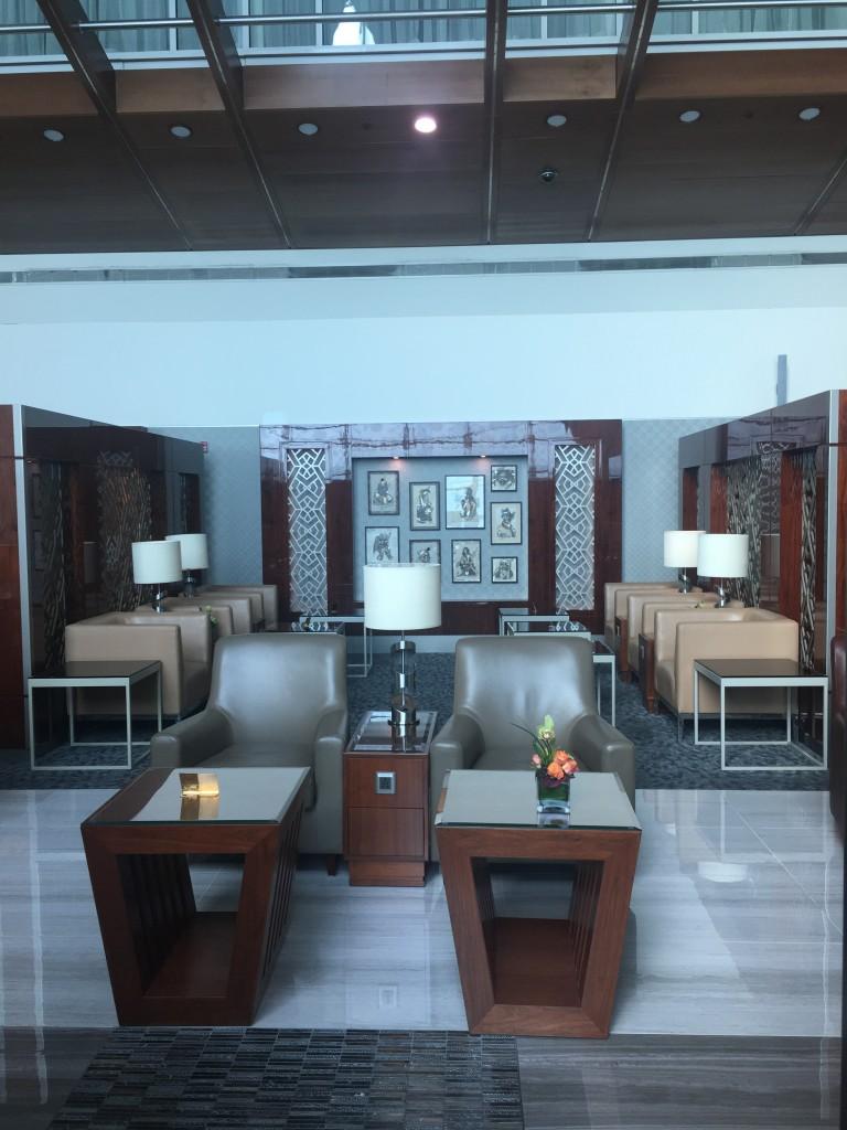 Эмирейтс бизнес-лаунж в Дубае