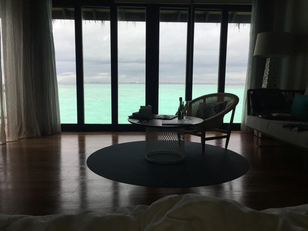 Из панорамных окон виден океан