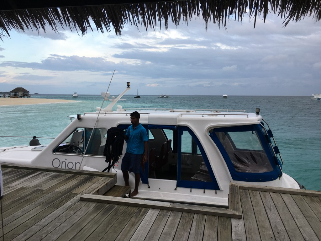 Трансфер на Мальдивах с острова в аэропорт