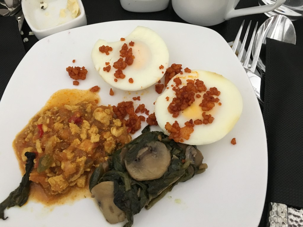 Питание в бизнес классе Etihad Airways