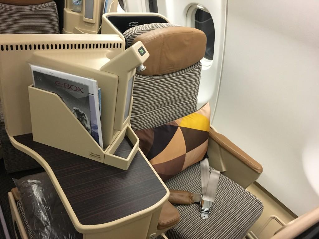 Кресло бизнес класса авиакомпании Этихад