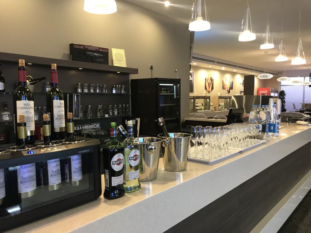 Алкоголь в бизнес-зале Шереметьево F