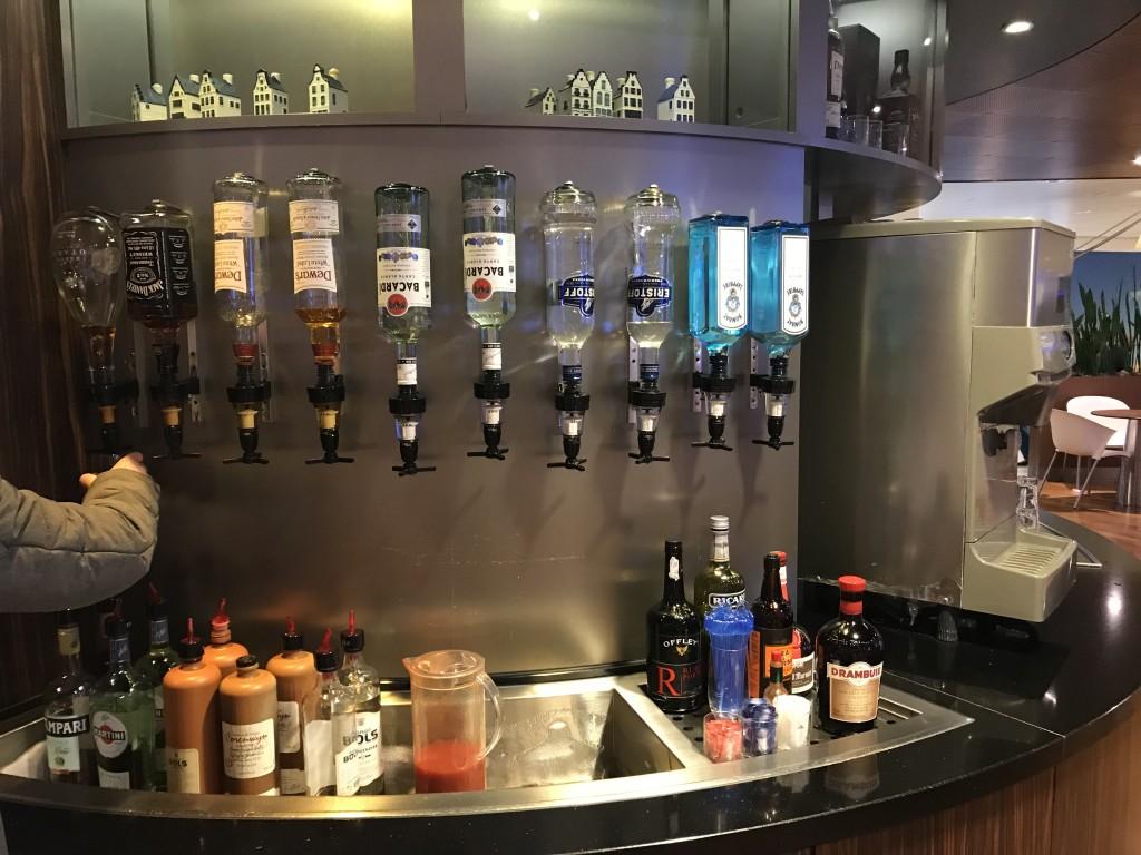 Широкий выбор хорошего алкоголя