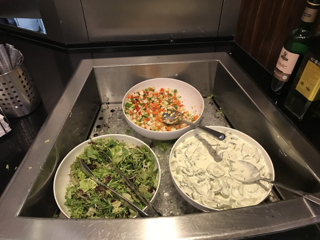 Три вида салатов