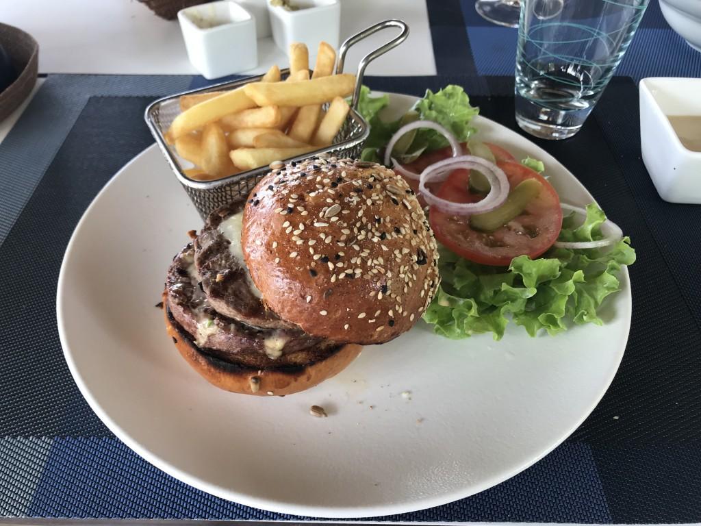 Гамбургер - 800 MUR
