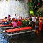 Уникальный ресторан, расположенный у подножия водопада на Филиппинах