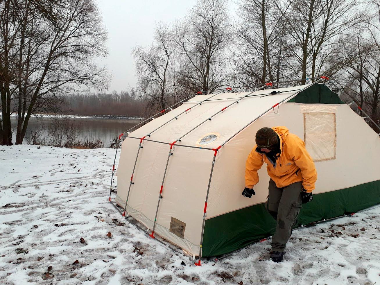 Особенности и выбор зимней палатки